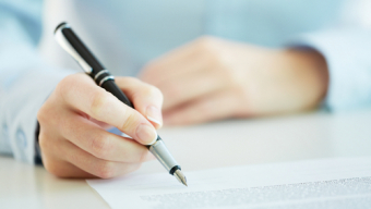 Signing a Website Contract? Watch for these hidden dangers